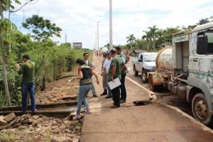 Técnicos do Naturatins recebem orientações de como avaliar o impacto ambiental após o acidente