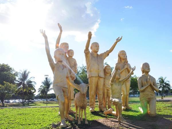 Monumento Súplica dos Pioneiros homenageia os primeiros moradores da Capital