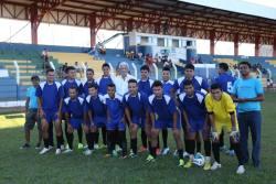 Rodolfo Botelho (camisa branca) acompanhou o time