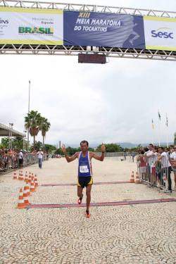 Wandson Sousa do Nascimento vencedor da corrida em 2013