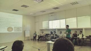 Servidor Maxwell Panta apresentando seu projeto Quelônios do Cantão