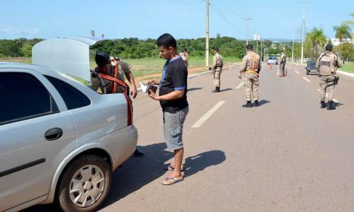 Blitz está entre as ações realizadas pela polícia durante este período