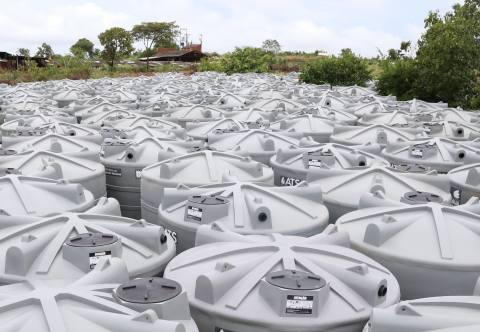Devido as irregularidades  em cadastros alguns municípios ainda estão com as cisternas nos pátios