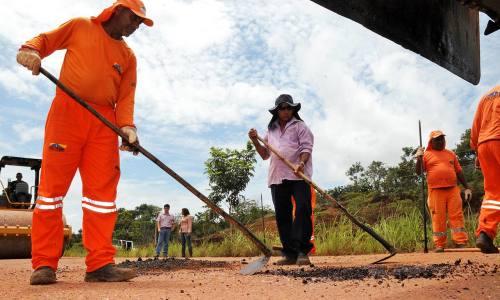 O Governo do Estado está realizando o trabalho de recuperação das rodovias do Tocantins