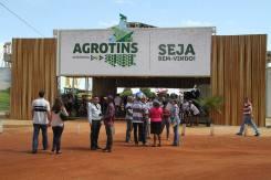 Agrotins Brasil 2015, diferente de outras feiras realizadas este ano no Brasil, superou as expectativas em volume de negócios e público