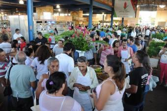 A demonstração contou com a participação de diversos agricultores do entorno da capital que trouxeram uma variedade de produtos