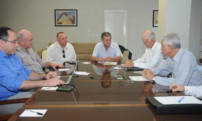 Na manhã desta quarta-feira, secretários de Estado participaram de uma reunião com o superintendente do Prodoeste, Rivaldo Nascimento
