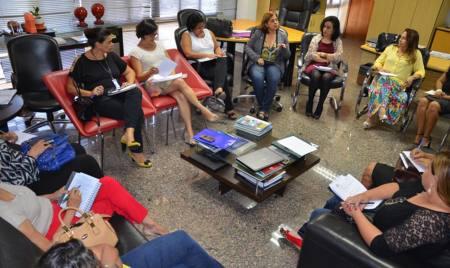 Órgãos e entidades debatem principais pontos para a instalação da Casa da Mulher Brasileira no Tocantins (Foto: Miller Freitas/Núcleo Sedesp)