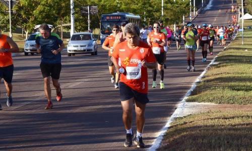 Corrida reuniu milhares de competidores na Capital