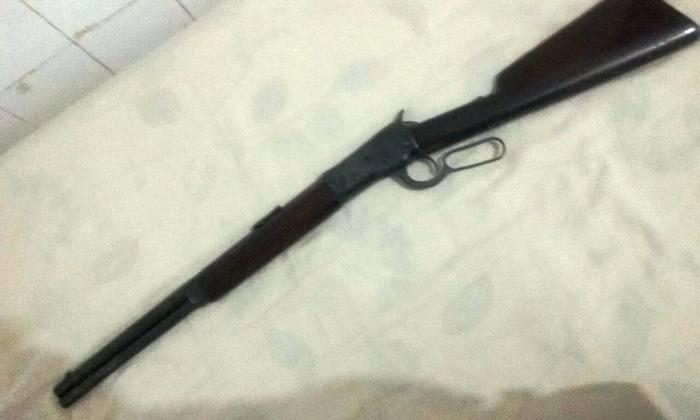 Rifle apreendido com suspeito em Sítio Novo_700x420.jpg