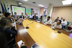 Durante coletiva de imprensa realizada na Seduc, o secretário repassou os números do Salão do Livro 2015