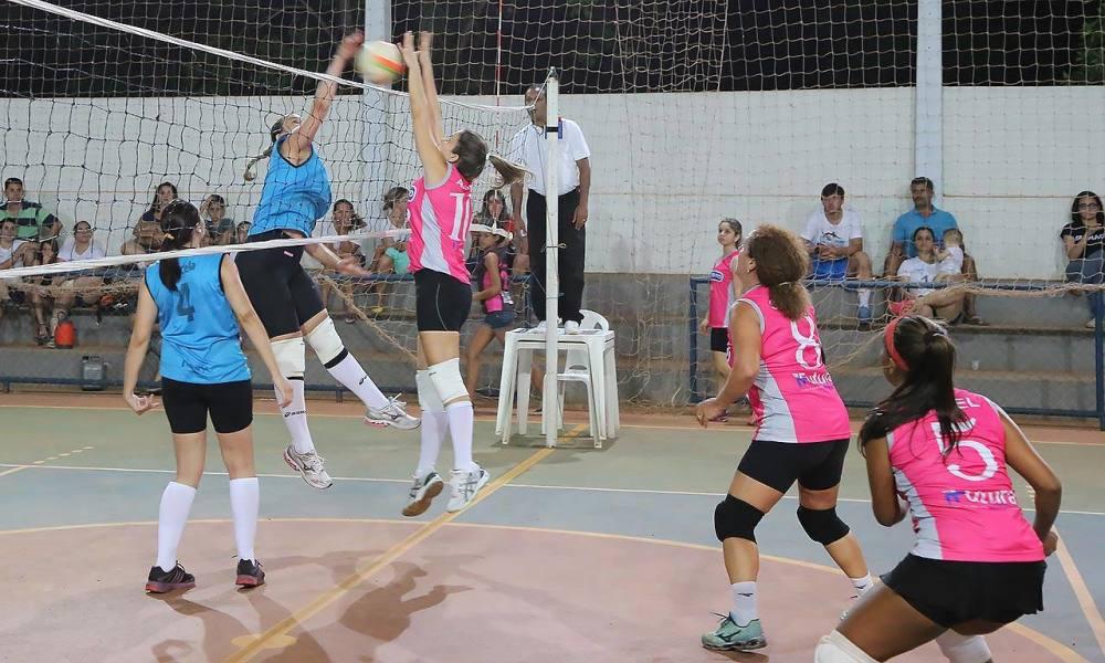 Voleibol feminino volta a jogar depois do feriado e oitavas de final ... cf5eb21bb8eaf
