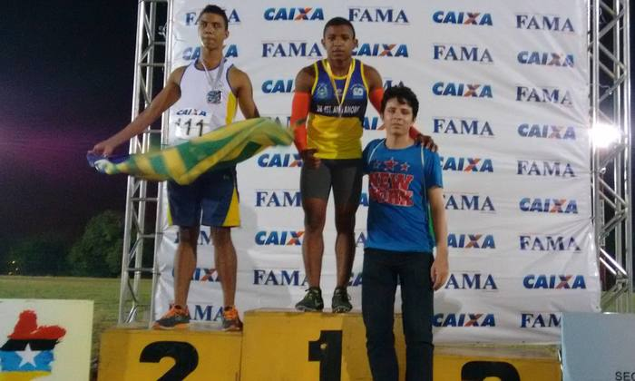 Atleta do Tocantins no pódio de competição nacional_700x420.jpg