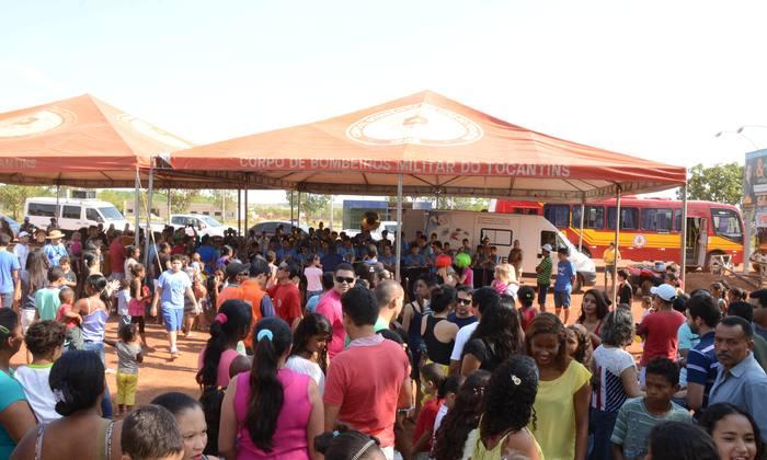 Centenas de pessoas participaram das atividades no distrito de Luzimangues