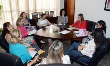 Autoridades discutem formas de enfrentar a violência contra a mulher (Foto: Josy Karla / Governo do Tocantins)