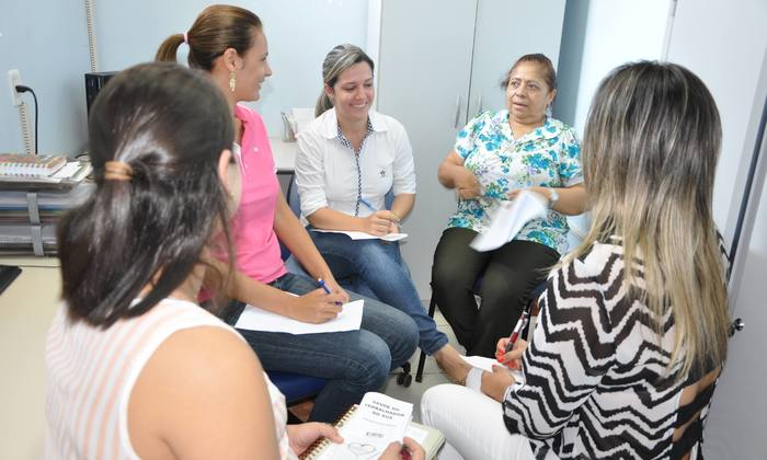 Café com Prosa tem o objetivo de aprimorar os processos de trabalho em equipe multiprofissional no HIP