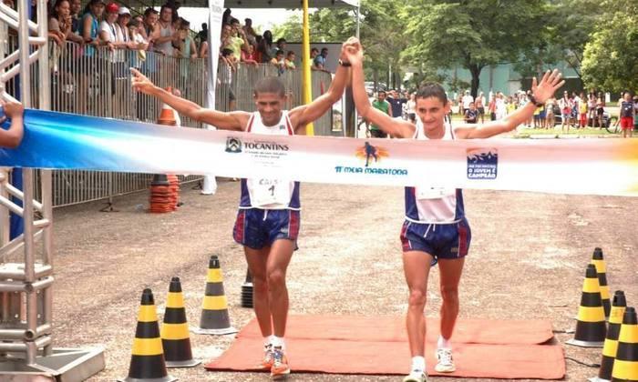 Eliésio Miranda, de Palmas, e Antônio Wilson, de Araguaína esperanças de pódio na Meia Maratona do Tocantins_700x420.jpg