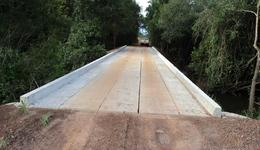 Em Marianópolis foram contempladas cinco estradas, nas quais foram construídas cinco pontes de concreto, três galerias e nove bueiros tubulares