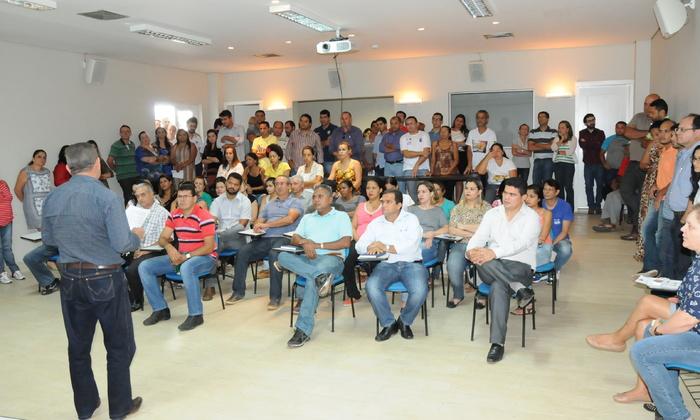 A reunião foi comanda pelo subsecretário da Agricultura, Hermes Azevedo, que ressaltou a importância das ações de prevenção