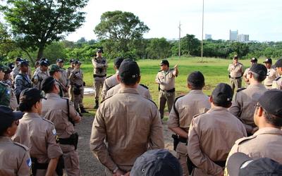 Militares mobilizados no Dia D contra dengue se preparam para a ação