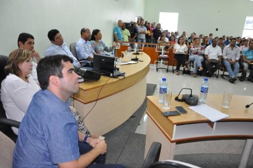 Câmara de Dianópolis ficou lotada em audiência pública que debateu a saúde da região