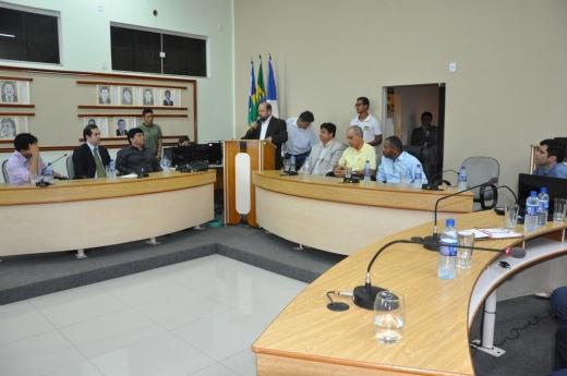Deputados, sindicatos e prefeitos levaram propostas para melhorar o atendimento oferecido no Hospital de Dianópolis