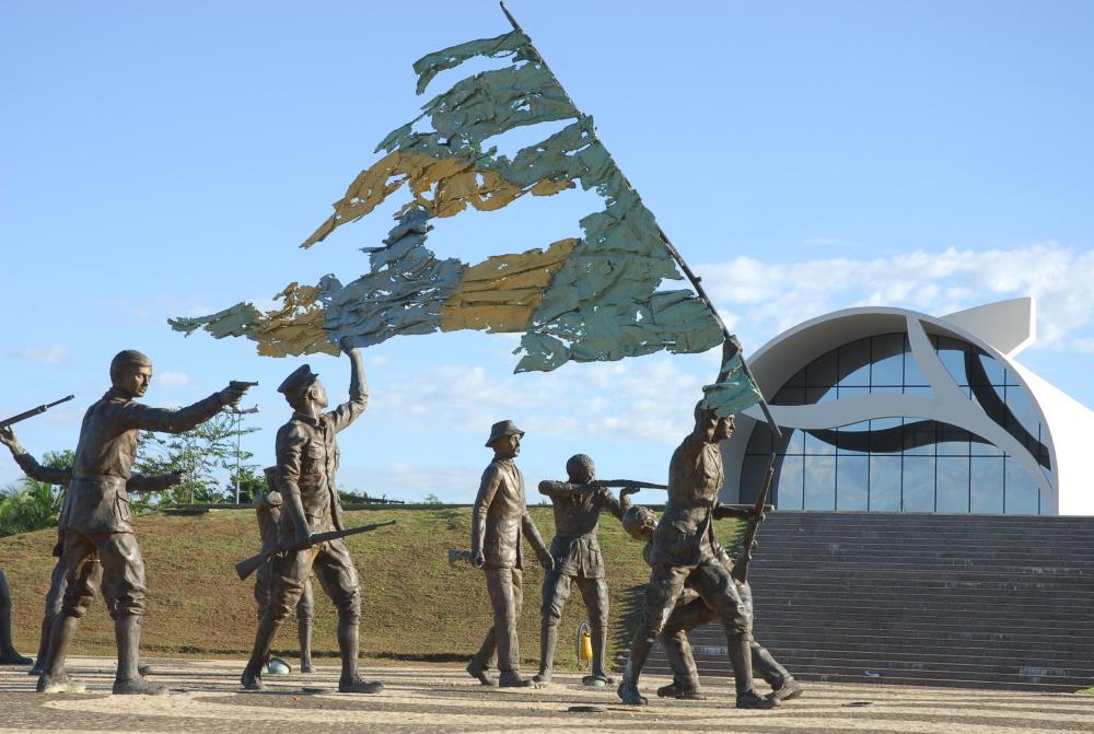 monumento aos dezoito do forte turismo tocantins