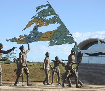 Monumento aos 18 do forte (1).JPG
