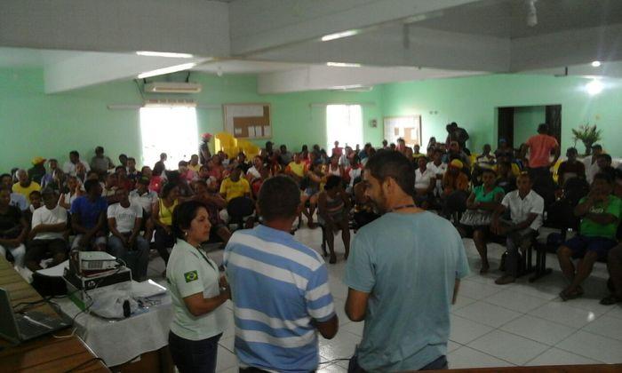Naturatins e parceiros ministram palestras aos pescadores