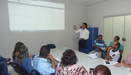 Apresentação do Sistema, pelo gerente de Controle de Recursos Descentralizados da CGE, Milton Ferreira Castro.
