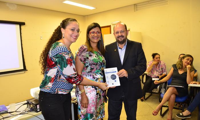 04-05 Lançamento do Manual de Processos Educacionais em Saúde - ETSUS - Fotos Josy Karla (2).JPG