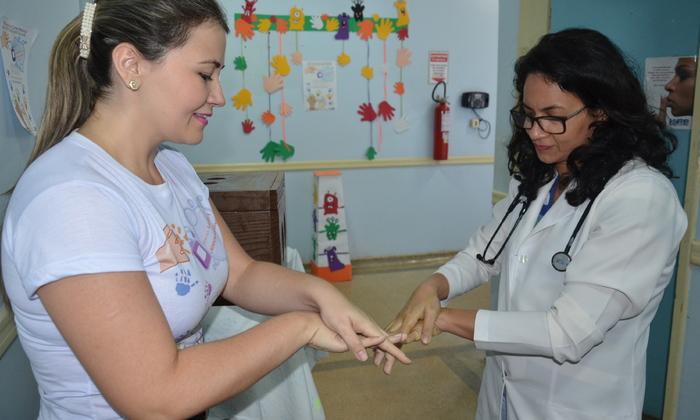 Hospital promove campanha de higienização das mãos para sensibilizar servidores   - André Araújo.JPG