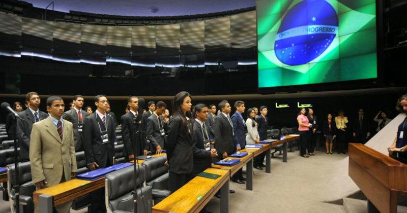 Os selecionados participam dejornada parlamentar de cinco dias, naCâmara dos Deputados