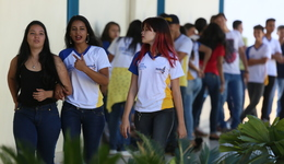 Os estudantes das escolas estaduais que não tiverem acesso à internet poderão fazer a prova unidade escolar