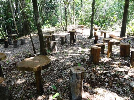 Área de descanso construída no Parque Estadual do Lajeado