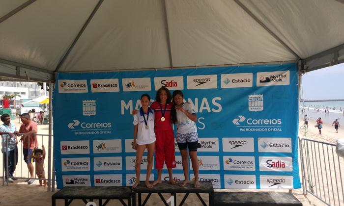 Giovanna Lacerda (à esquerda), segunda colocada no Torneio