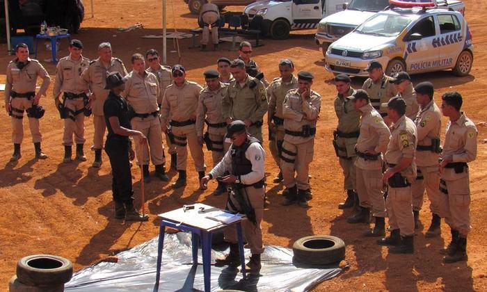 Instrução de equipamento no stand de tiro_700x420.jpg