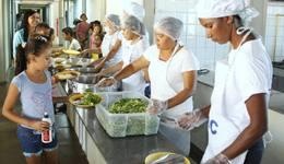 Durante a formação, serão abordados aspectos referentes à higiene e às boas práticas na manipulação de alimentos