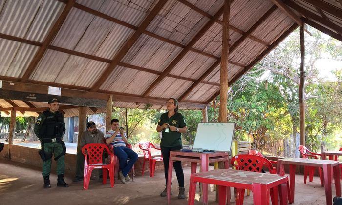 Naturatins dialoga com proprietários do entorno de córregos em Araguaína