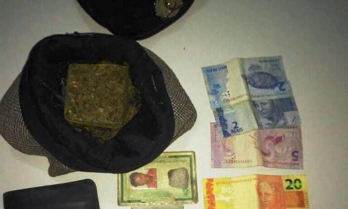 Droga e dinheiro apreendidos pela PM em Rio Sono_700x420.jpg