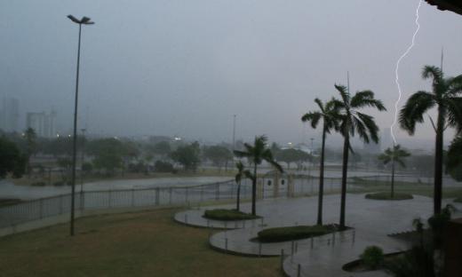 Apesar de temporais, tempo chuvoso ainda não começou