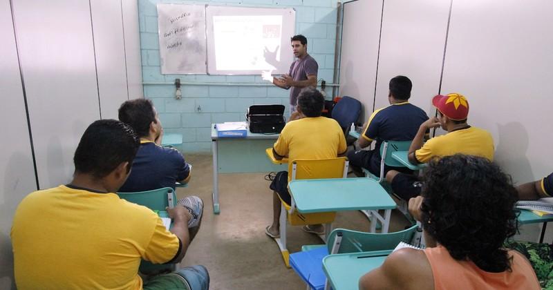 Estudantes farão o exame nas unidades prisionais e do sistema socioeducativo
