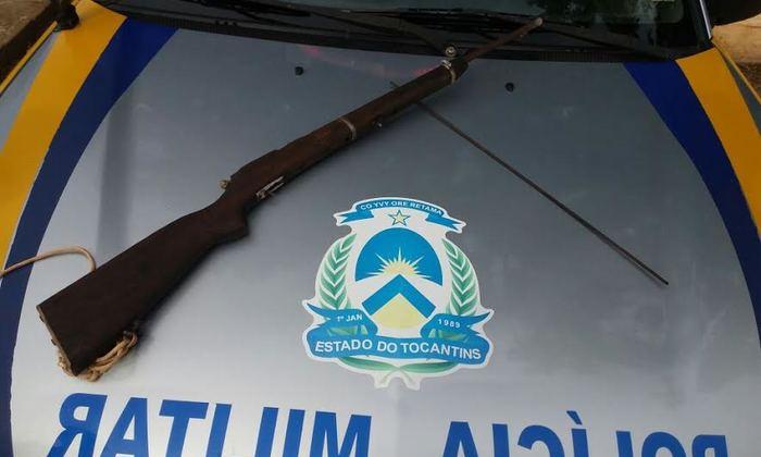 Arma de fogo foi apreendida com suspeito de ameaçar a companheira em Alvorada.