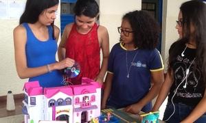 Feira de Ciências na Escola Estadual Deusa Moraes, em Paraíso do Tocantins