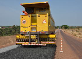 Os serviços de reconstrução da rodovia contemplam a totalidade dos 38,89 quilômetros