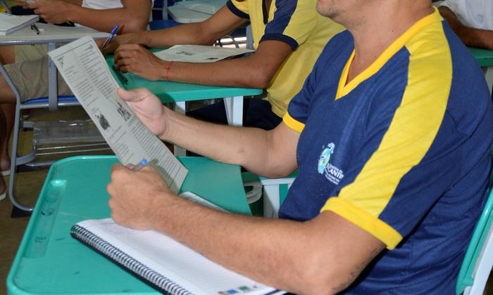 Das 41 unidades prisionais mantidas no Estado, 36 aderiram ao Enem PPL.