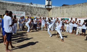 Projeto de ressocialização por meio da capoeira é mantido na Casa de Prisão Provisória de Palmas