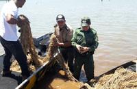 Policiais apreenderam cinco Pirarucus, quatro motocicletas e 300 metros de redes, que eram utilizadas para a pesca predatória