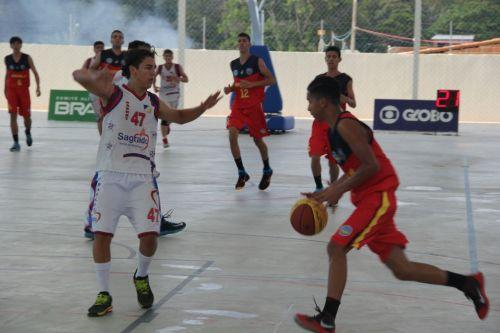 No Basquetebol, o Tocantins venceu Goiás para chegar à semifinal