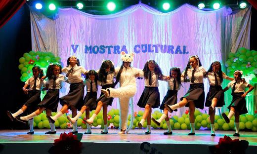 Escola Trajano Coelho Neto de Paraíso do Tocantins realiza V Mostra Cultural